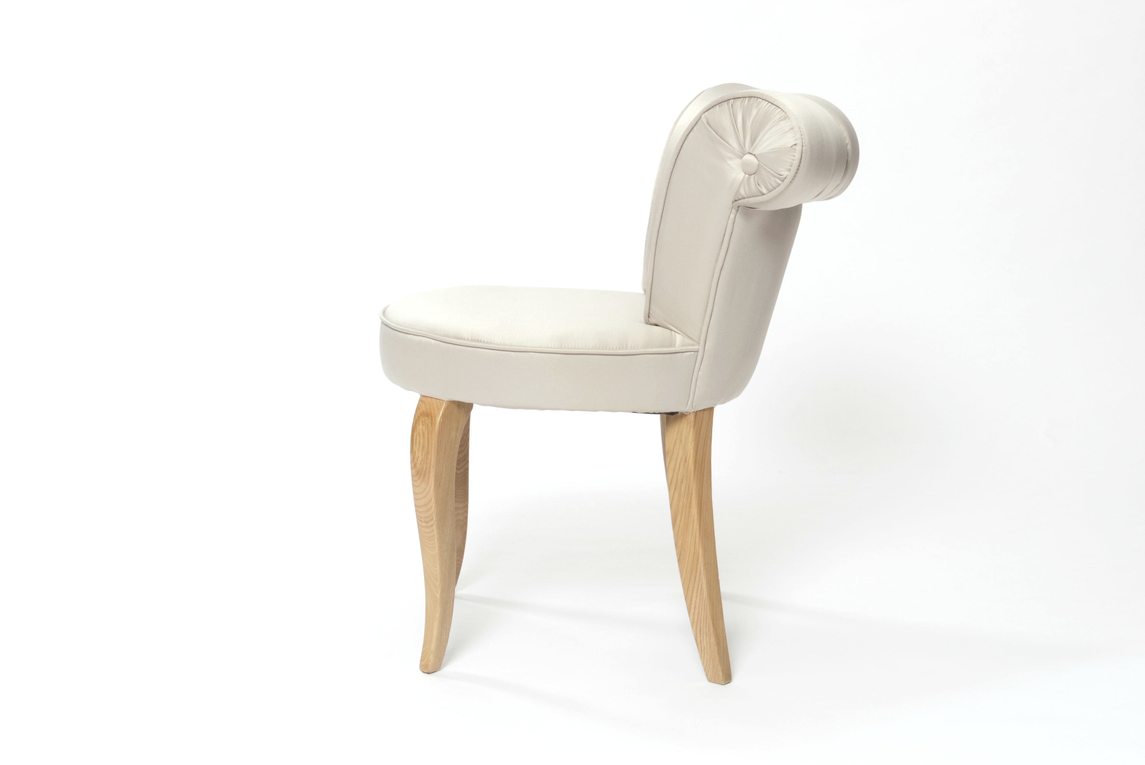 Modern occasional chair jack les trois gar ons for Modern occasional chairs