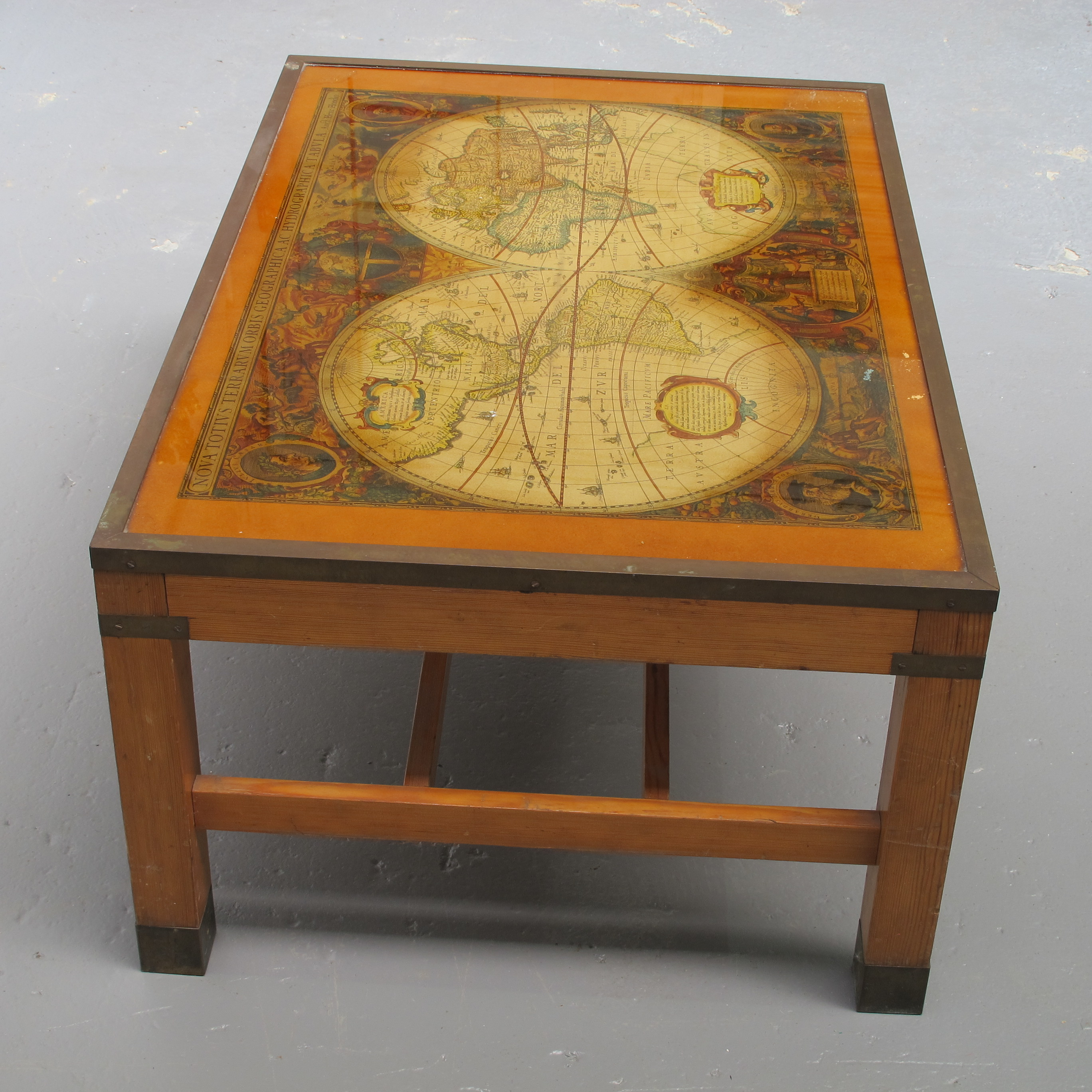 old world map coffee table