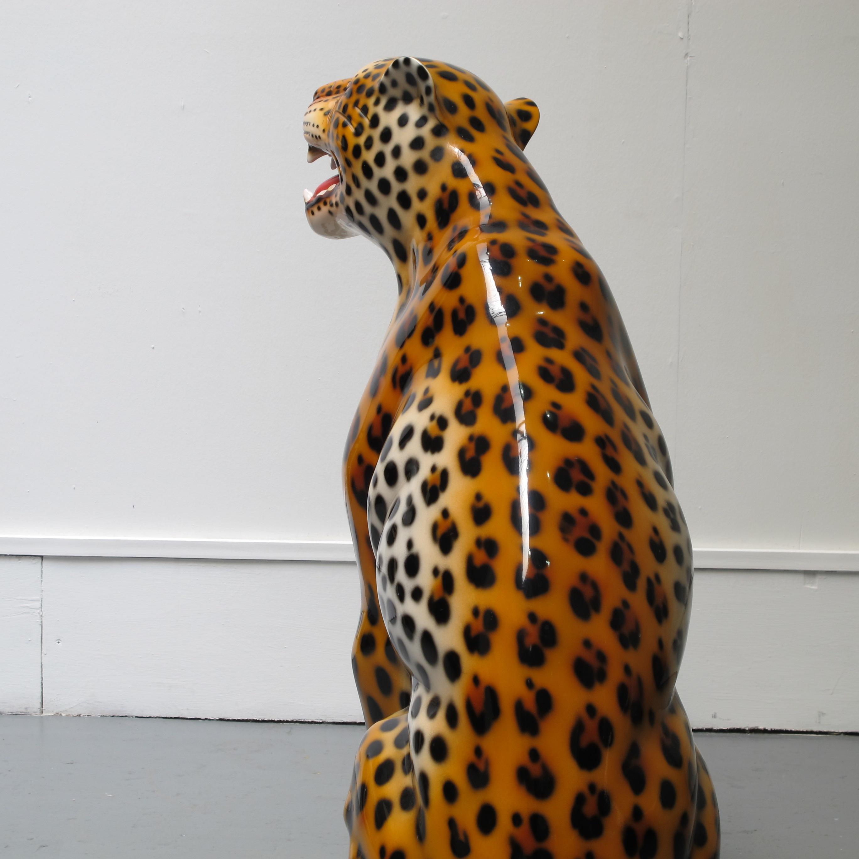 Ceramic cheetah ornament les trois gar ons - Statue decoration interieur ...